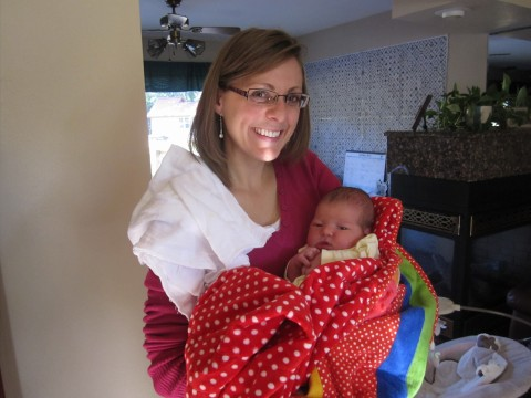 stephanie_rische_with_baby_neice